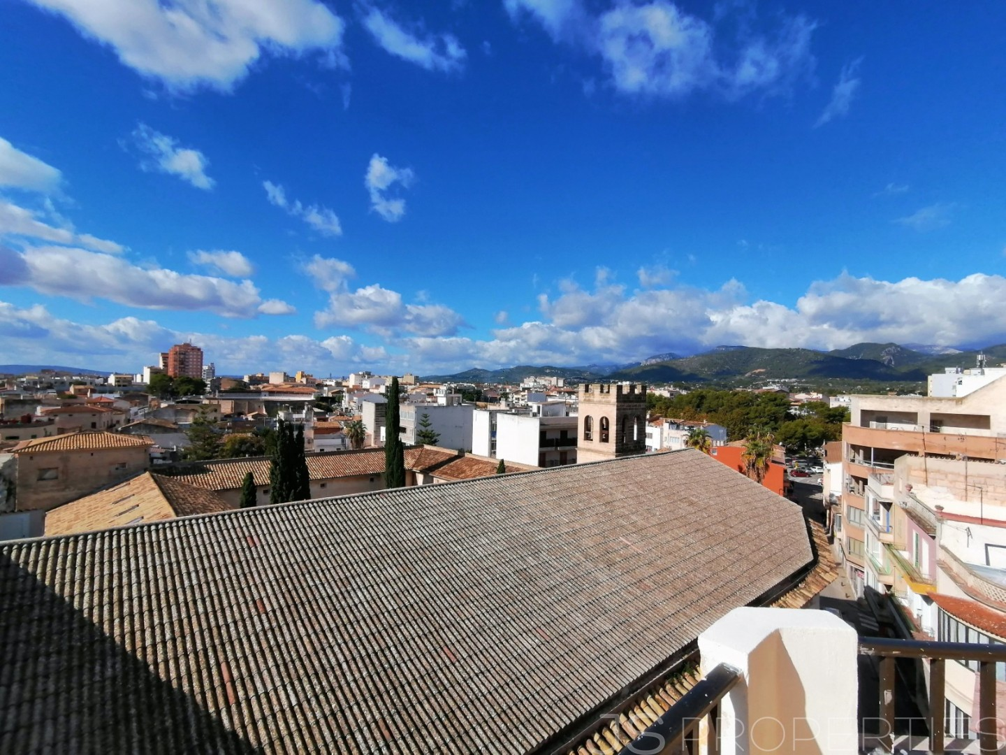 NEWLY RENOVATED PENTHOUSE DUPLEX FOR SALE IN THE HEART OF INCA